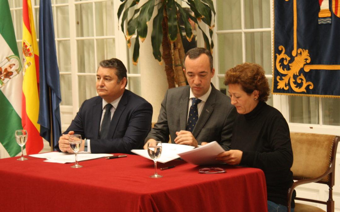 La alcaldesa firma el programa Viogen para el seguimiento integral de las víctimas de la violencia de género 1