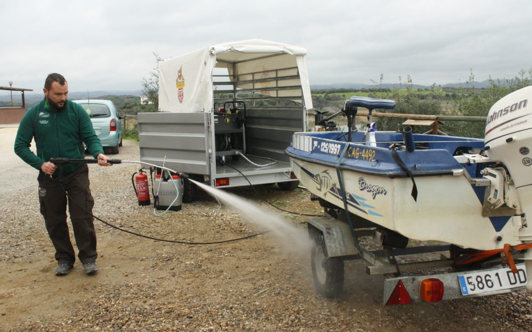 La CHG instala en La Breña II la primera estación móvil de desinfección de mejillón cebra de la cuenca del Guadalquivir 1