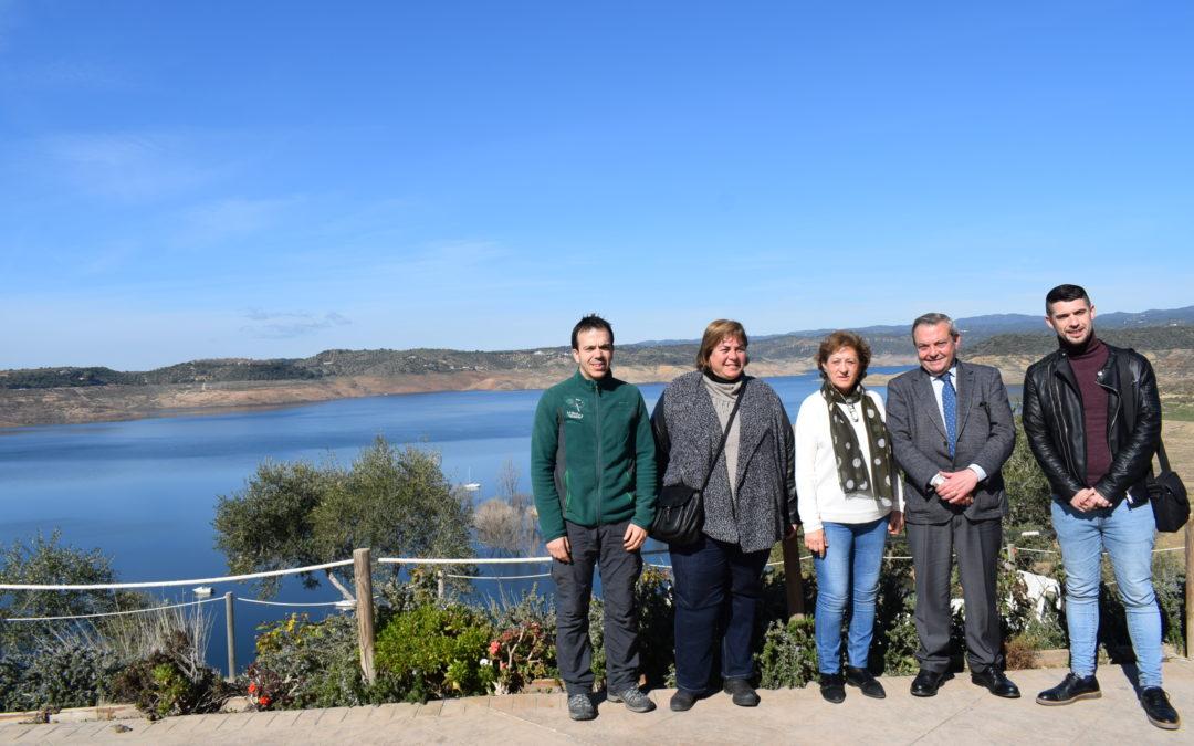El delegado de Cultura, Turismo y Deporte conoce los nuevos proyectos del Centro de Actividades en la Naturaleza La Breña II